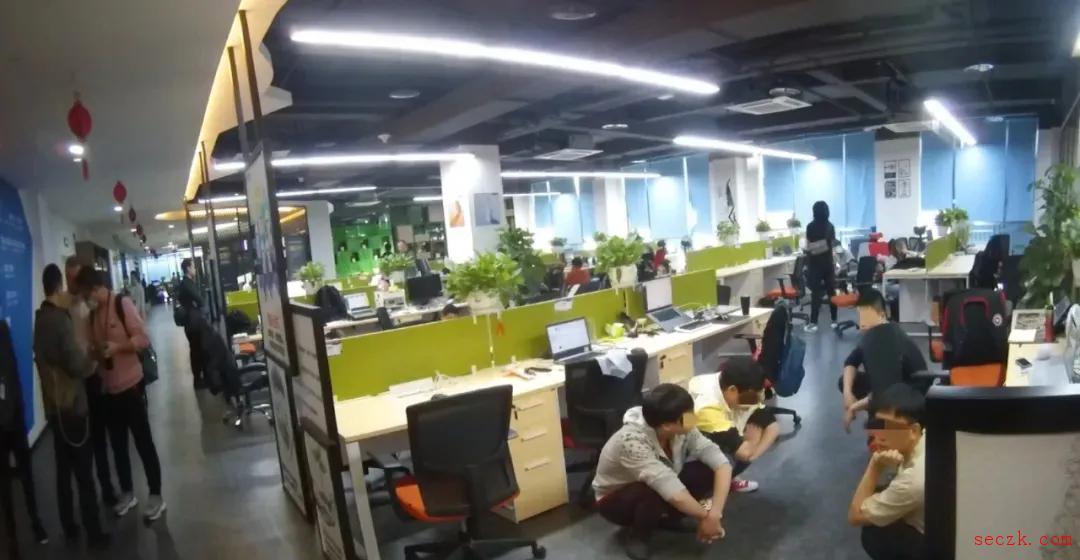 浙江、北京几家软件公司互相勾结,往用户手机植入SDK刷广告牟利